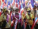Premiérka Šinavatrová v neděli navrhla, aby o osudu její vlády rozhodlo...