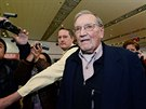 Merill Newman na pekingském letišti poté, co ho severokorejský režim po měsíci...
