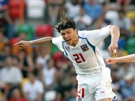 Tomáš Ujfaluši při utkání ČR - Lotyšsko na Euru 2004 v Portugalsku.