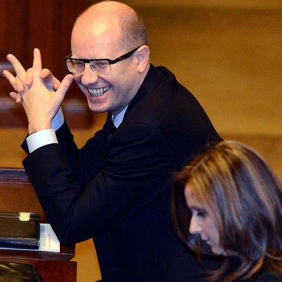 Předseda ČSSD Bohuslav Sobotka se raduje, že byl schválen státní rozpočet....