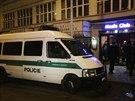 Zákrok policistů proti skupině ruských chuligánů v centru Prahy (12.12.2013)