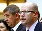 Andrej Babiš a Bohuslav Sobotka při tiskové konferenci, na které představují