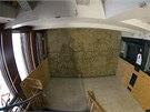 Pláž. Jedno z uměleckých děl Pabla Picassa, která stále zůstávají v poškozené