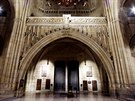 Nové osvětlení Svatovítské katedrály ukázalo mnoho doposud skrytých detailů....