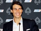 ÚSMĚV. Španělský tenista Rafael Nadal přijel do Prahy na charitativní pokerový...
