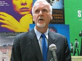 Režisér James Cameron oznamuje, že tři pokračování filmu Avatara natočí na...