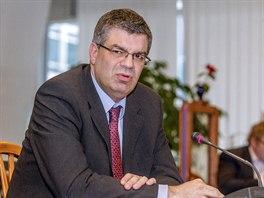Finanční ředitel ČT Milan Cimirot (11. prosince 2013, Praha).