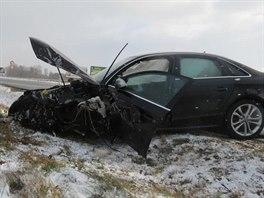 Audi ukradené 7. prosince 2013 v Německu havarovalo týž den na sjezdu dálnice u...