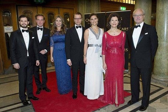 Švédská královská rodina: princ Carl Philip, Christopher O'Neill, těhotná...