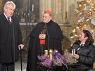 Prezident Miloš Zeman a kardinál Dominik Duka se v katedrále svatého Víta...