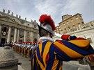 �lenov� �v�carsk� gardy b�hem po�ehn�n� M�stu a sv�tu (25. prosince)