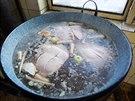 Maso se va�� se zeleninou na pol�vku, pak se pomele do jitrnic a pokr�j� do...