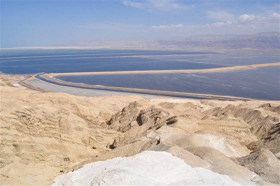 Pohled na Mrtvé moře z vrcholu Mount Sodom