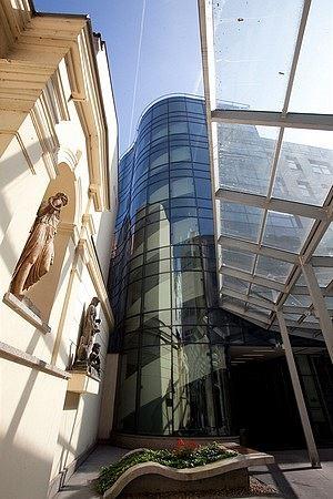 Vysoká škola obchodní v Praze – studium spojené s praxí