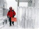 Obyvatel� m�ste�ka Scituate ve st�t� Massachusetts bojuj� s mrznouc� t��t� z...