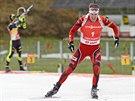 JEDE SI PRO VÍTĚZSTVÍ. Emil Hegle Svendsen z Norska míří z poslední položky do...