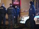 Neznámý pachatel hrozil v baru San Marco na Vinohradech obsluze injekční...