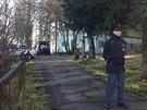 V b�val� vojensk� usedlosti u Milovic byla nalezena t�la dvou mrtv�ch mu�� a...