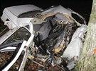 Řidič osobního auta zemřel u Rychnova nad Kněžnou po čelním nárazu do stromu.