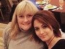 Paris Jacksonová dala na internet fotku z Vánoce se svou matkou Debbie Roweovou.
