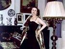 Když vyměnila uniformu za večerní róbu, působila Mája Stará jako velká dáma....