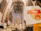 Biskup Jan Vokál představil nový znak Královéhradecké diecéze na novoroční mši...