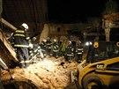 V Dětenicích na Jičínsku se zřítil strop kravína, dva muži zemřeli pod troskami...