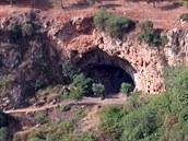 Holubí jeskyně (Grotte des Pigeons) v Maroku. Její obyvatel s v době před cca...