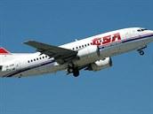 Boeing 737-500 byl v pořadí třetím typem letadla západní provenience zařazeným...