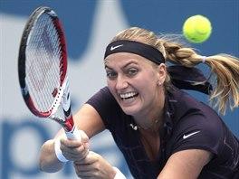 Česká tenistka Petra Kvitová v zápase s Bulharkou Pironkovovou.