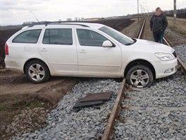 Řidič se pokusil v Čechovicích na Prostějovsku přejet přes opravovaný...