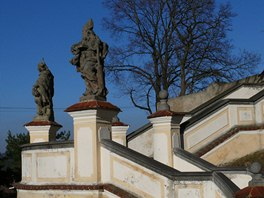 Schodiště ke kostelu v Nalžovicích-Chlumu
