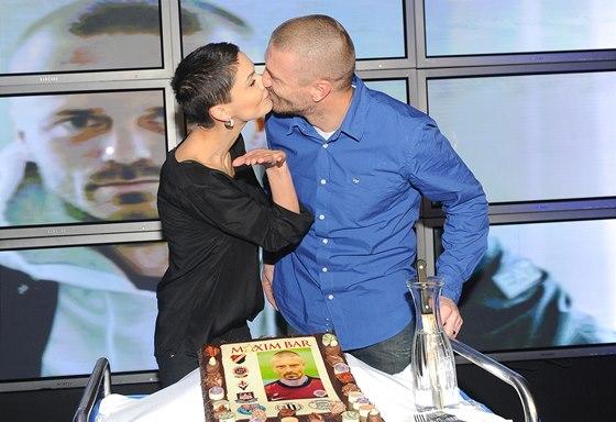 Vlaďka Řepková s manželem Tomášem na oslavě jeho 40. narozenin