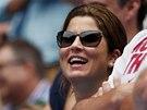 DOBŘE NALADĚNÁ. Manželka Rogera Federera se v hledišti bavila.