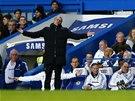 NO TAK. Typické emoce v podání José Mourinha.