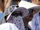 HORKO. Diváci v Melbourne bojují proti extrémním teplotám na grandslamovém