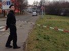 Policie prošetřu střelbu v pražských Čimicích, kdy majitel garáže postřelil...