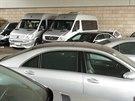 Půjčovna luxusních vozidel v Husitské ulici v Praze
