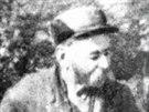 Ján Medlen. Slovenský rolník, který na bažinatém pozemku objevil zásoby ropy i...