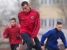 Erich Brabec během tréninku fotbalistů bez angažmá na Vyšehradě.