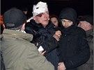 Bývalý ukrajinský ministr vnitra Jurij Lucenko. Násilnosti před budovou