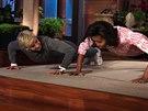 Michelle Obamov� v show Ellen DeGeneresov� p�edvedla kliky.