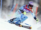 Tina Mazeov� v superkombina�n�m slalomu v Zauchensee.