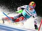 Marcel Hirscher ve slalomu v Adelbodenu.