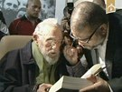 Kubánský exprezident Fidel Castro se po devíti měsících objevil na veřejnosti.