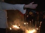 Každý si ohněm projde, až když cítí, že je opravdu připraven. Nikdo nikoho do...