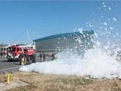 Cvičení hasičského záchranného sboru na ruzyňském letišti