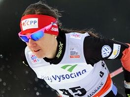 B�kyn� na ly��ch Eva Vrabcov� v kvalifikaci sprintu SP v Nov�m M�st� na Morav�