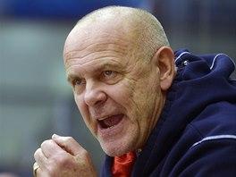 Trenér Jaroslav Beck na střídačce Chomutova.