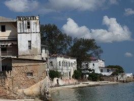 Většina budov ve Stone Townu je ve velmi špatném stavu a potřebovala by